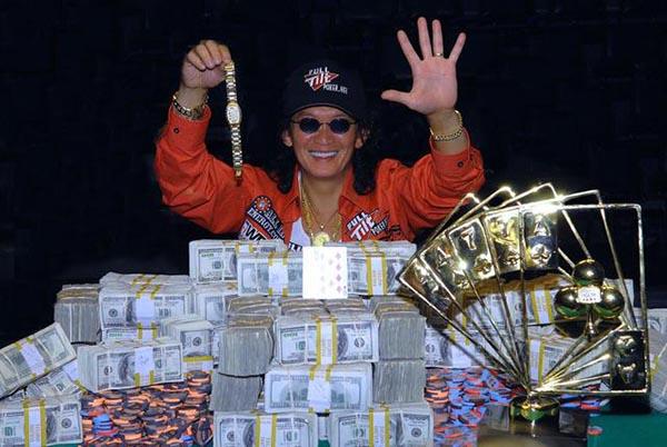 13_2 than bai poker.jpg