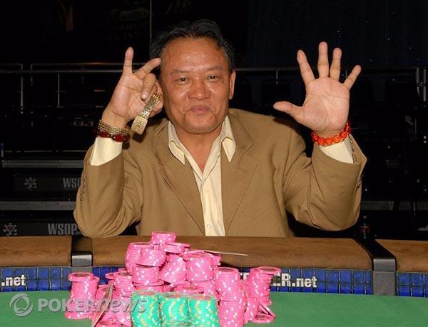 13_4 than bai poker.jpg