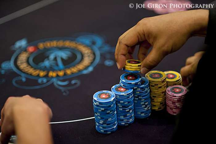 24-1-loi-sai-poker.jpg