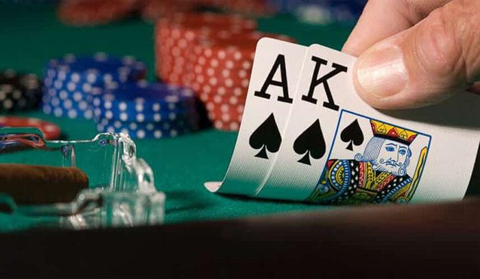 cach choi poker 2.jpg