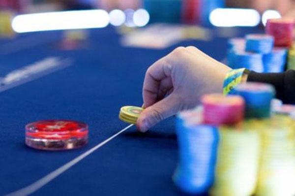 Chien-thang-poker.jpg