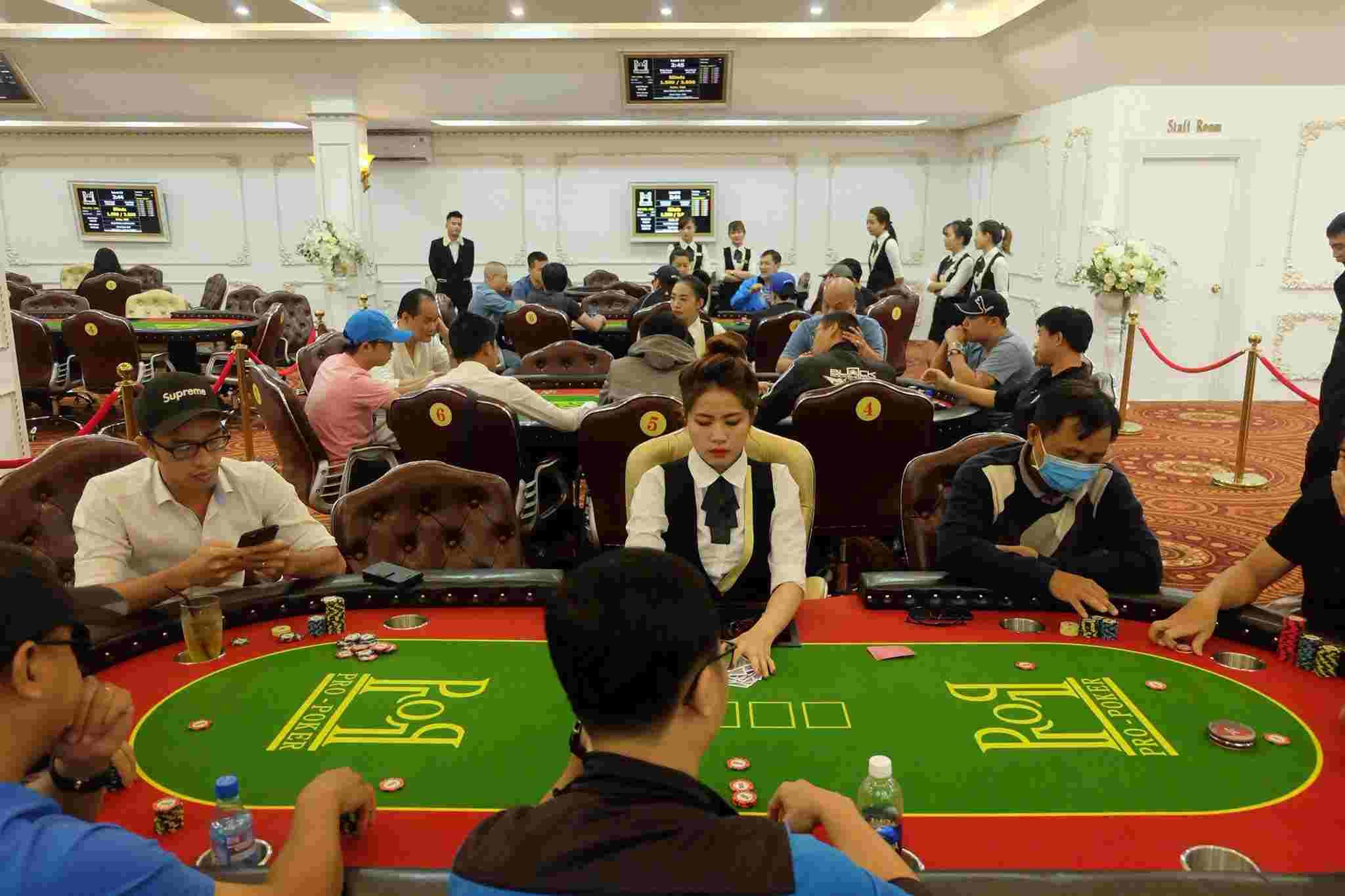 pro poker.jpg