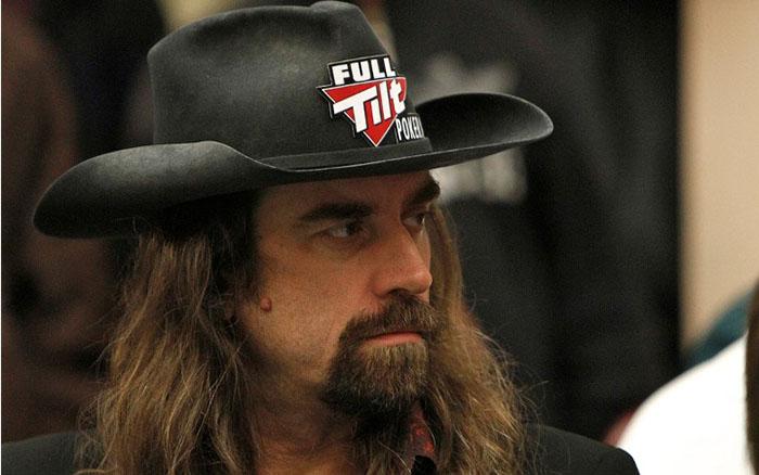 tay choi poker2.jpg