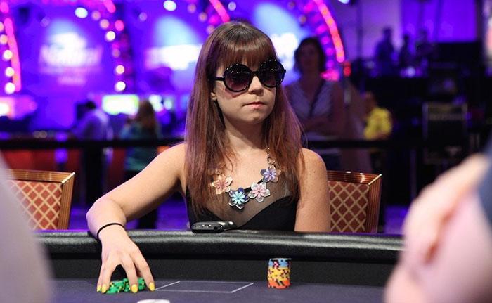 tay choi poker3.jpg