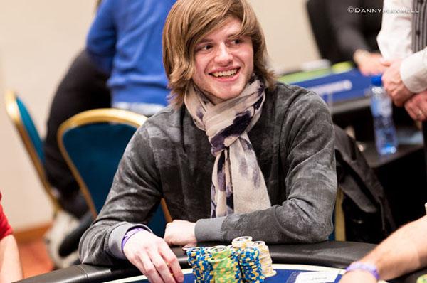 thien-tai-poker2.jpg