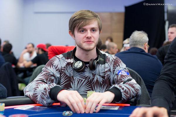 thien-tai-poker3.jpg